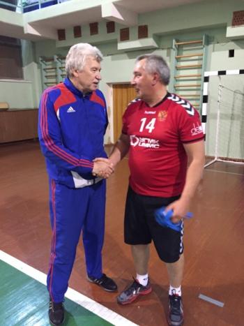 Тренировка с Рогозиным